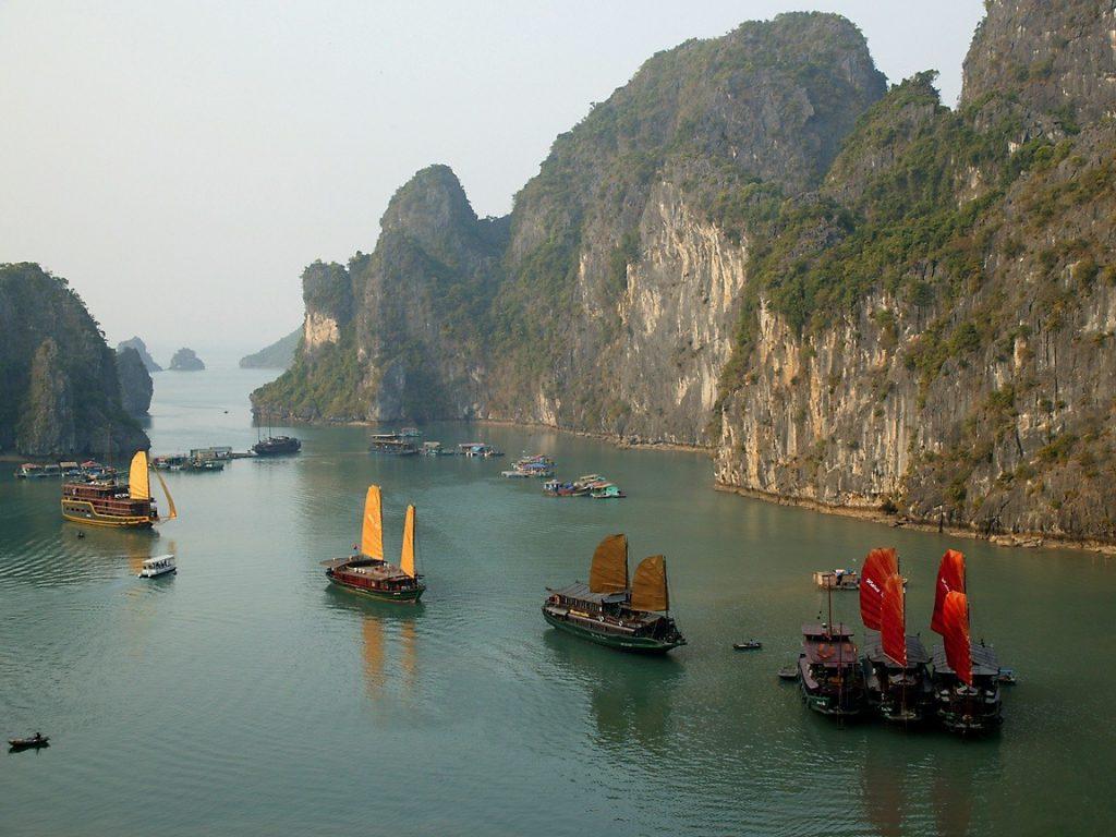 Бухта Халонг Хайнань